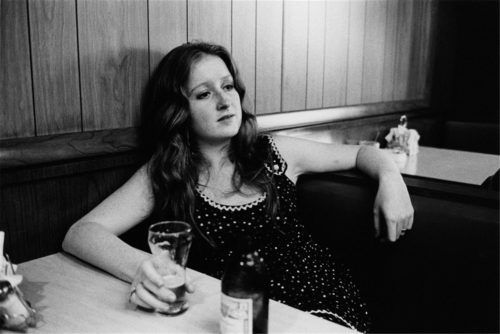 The legendary Bonnie Raitt. SpotifyThrowbacks.com