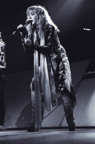 Stevie Nicks - SpotifyThrowbacks.com